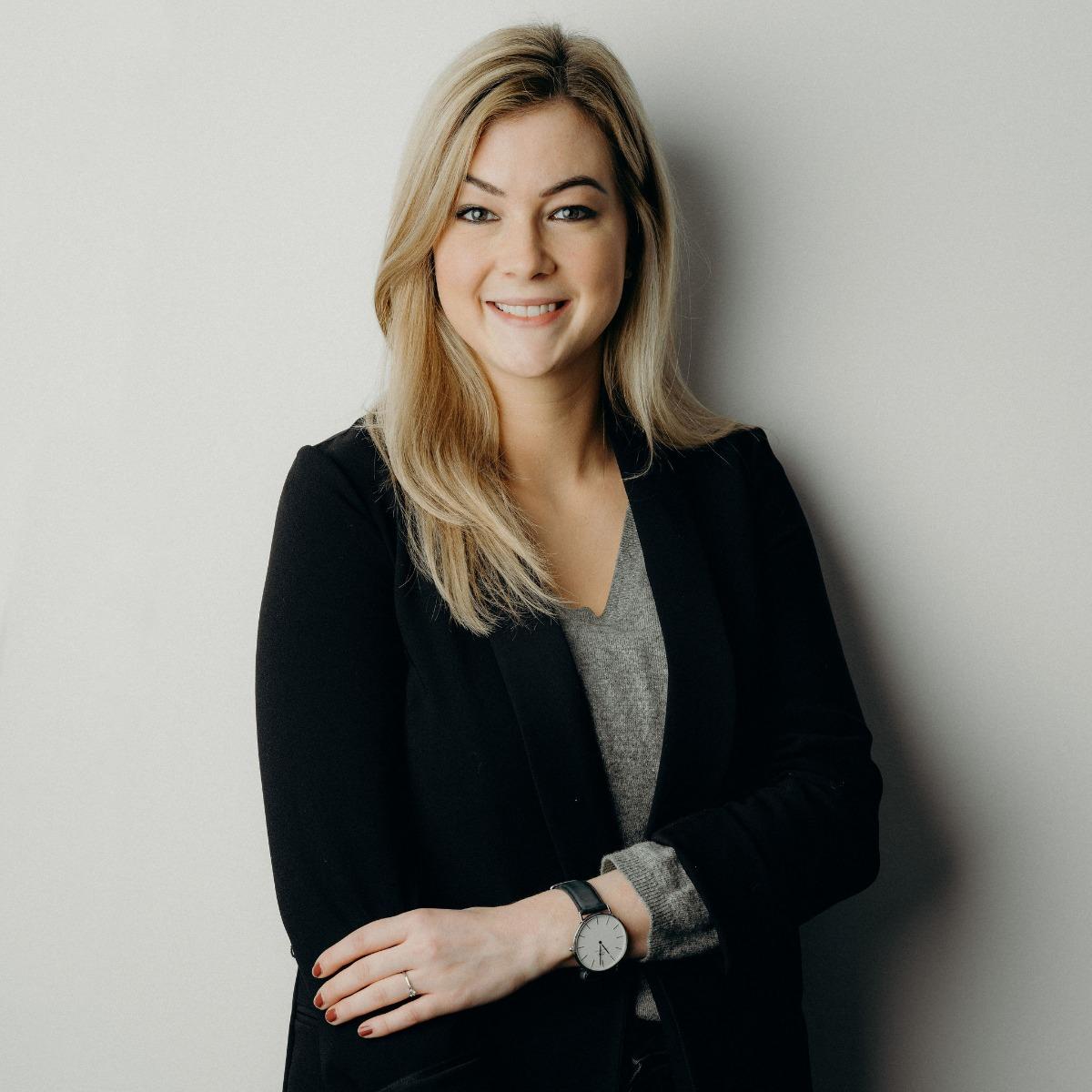Delia Bleuer, Marketing director